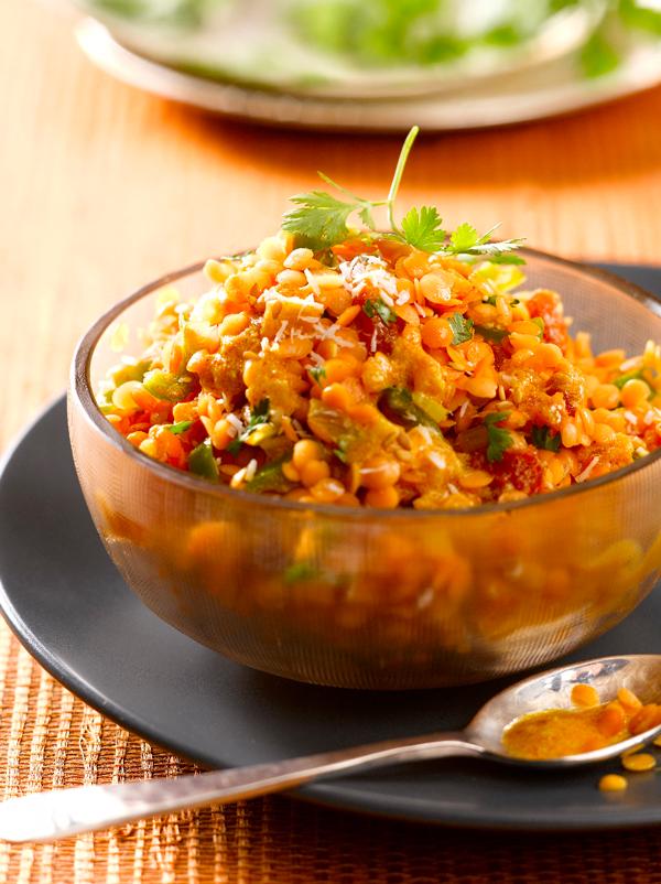 Dahl indiano alle lenticchie corallo e spezie dolci
